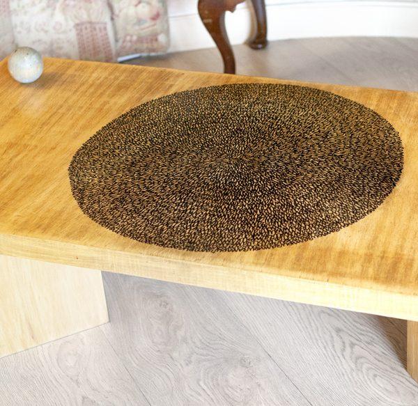 Table basse relookée_Spirale amour_détails_Art4Design_Arthur Simony