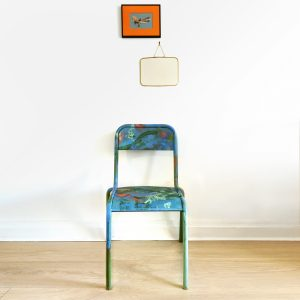 Chaise decole bleue relookee en situation_Art4Design_Yacine Ouelhadj
