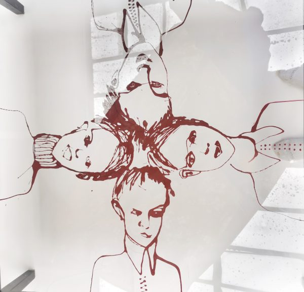 Table basse relookée_photo éclaircie_Art4Design_Laurent Godard
